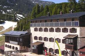 Neue Traunsteiner Hütte, Deutscher Alpenverein